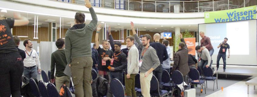 Teilnehmer des Startup Weekend Bielefeld 2017 wollen hoch hinaus.